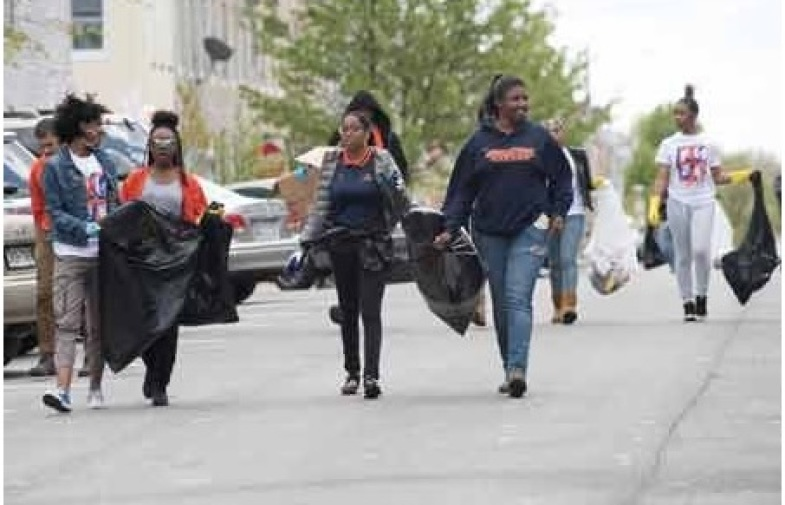 Hundreds Help Clean Up After Baltimore Riots