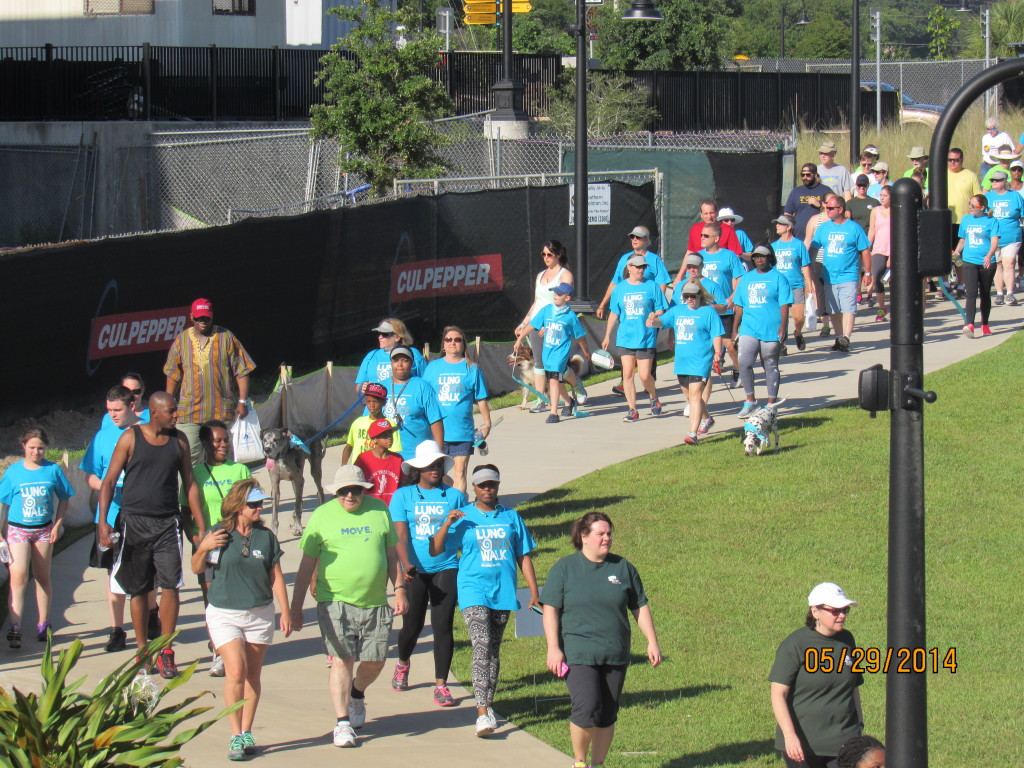 Participants began their walk at Cascades Park for the Lung Cancer Awareness Walk.