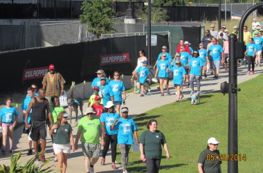 Residents Walk for Lung Cancer Awareness