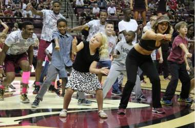 "FSU Basketball Shows Fan Appreciation with ""Jam with Ham"""