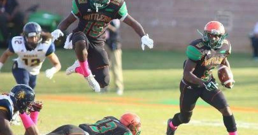 Rattlers' Struggles Continue in 28-10 loss to Aggies