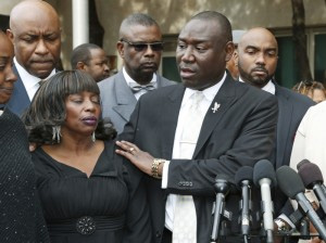 Attorney Benjamin Crump with his client Jannie Ligons / Photo courtesy of Trice Edney News Wire