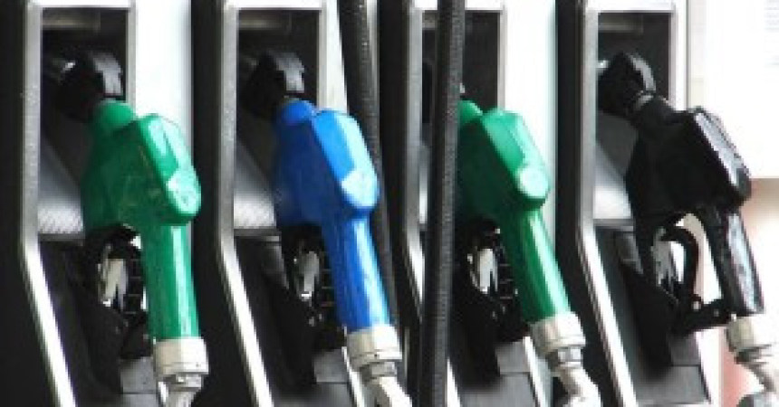 New year bringing in lower gas prices