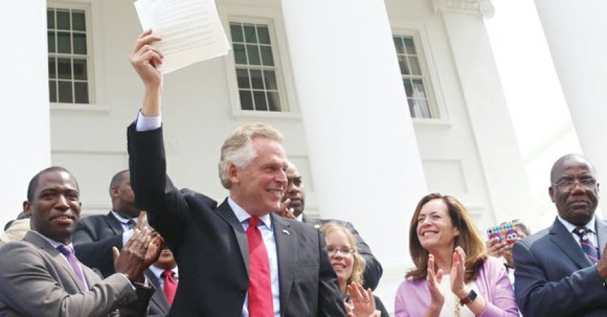 Gov. Terry McAuliffe restores voting rights of 206,000  Virginians, including disenfranchised African-Americans