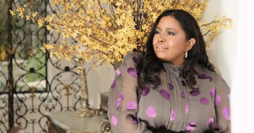 Gospel singer Kathy Taylor ministers to the world through her music