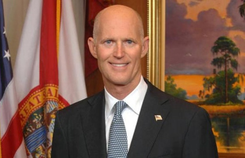 Scott quietly shifts courts  to the right
