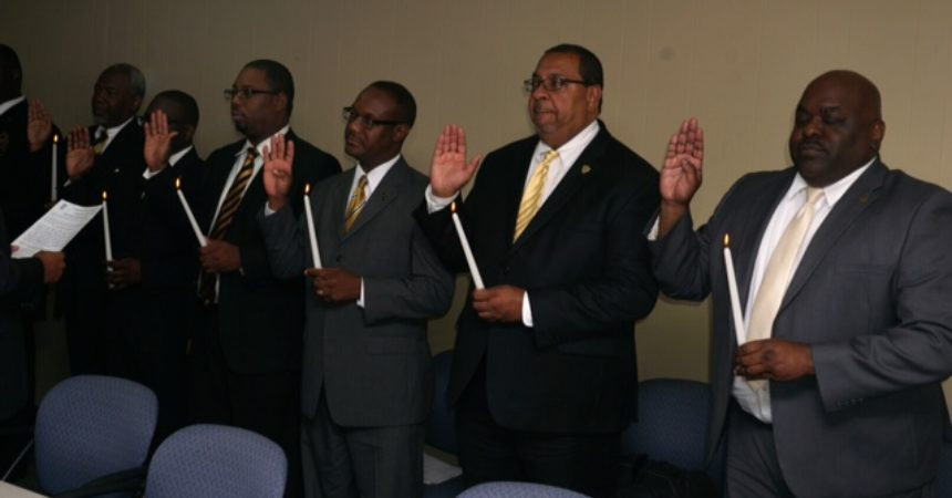 GML INSTALLS NEW OFFICERS