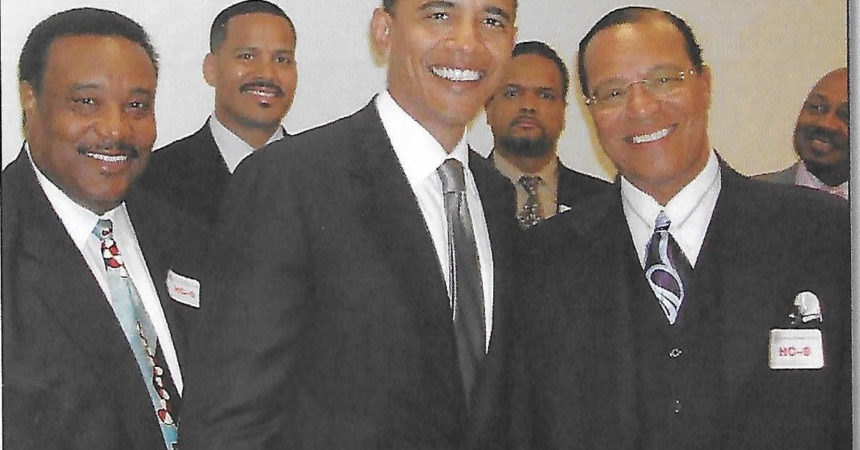 Hidden photo of Obama and Farrakhan released in new book
