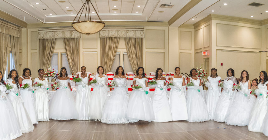Leon County Chapter of The Charmettes, Incorporated present 17 young ladies to society
