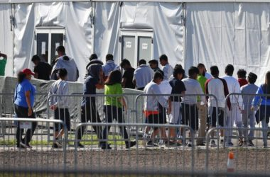 Migrant children go to Florida shelters