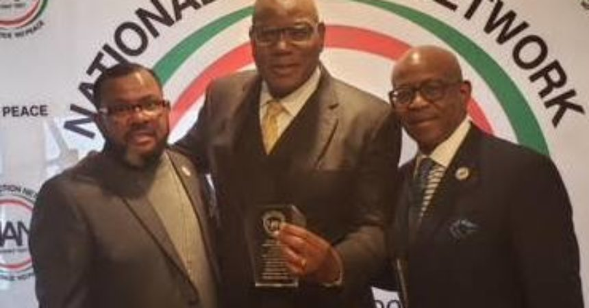 Holmes gets NAN award for activism, leadership